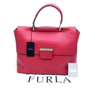 🚚 Authentic Large Furla Artesia bag