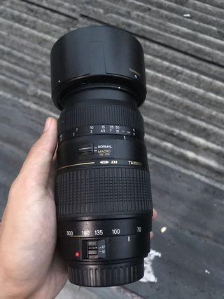 Lensa telenTamron 70-300mm f4.5-5.6 macro for canon