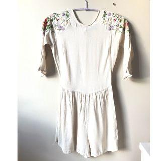 Topshop Embroidered Shoulder White Romper Size Small