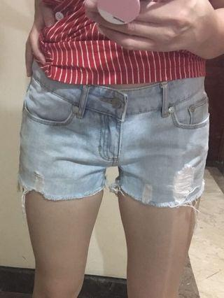 Light-washed Cheeky Jeans
