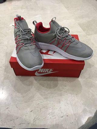 Brand new original  Nike Darwin