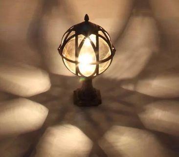 Outdoor design lamp post pillar E27 bulb