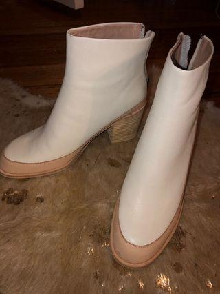 ZOMP Boots 41 New without box