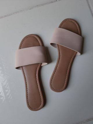 Rubi Slip-Ons (Size 6)
