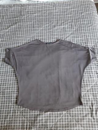 Loose Dark Gray Top