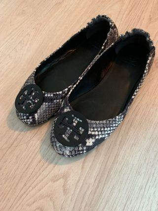 Tory Burch Minnie travel flats in snake skin color