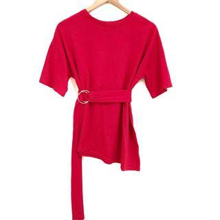 🚚 Red Asymmetrical Tshirt With Ring Belt