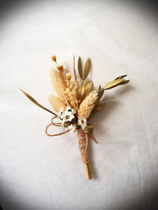 Dried Flowers : Wedding Boutonnieres