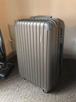 Medium-sized luggage