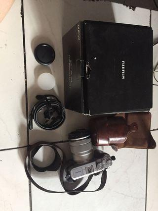 Camera mirroless fujifilm Xa-3 black fullset banyak bonus