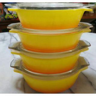 Pyrex bowl rocco yellow