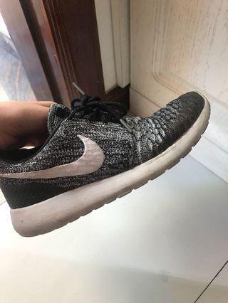 Nike rose shoes US size