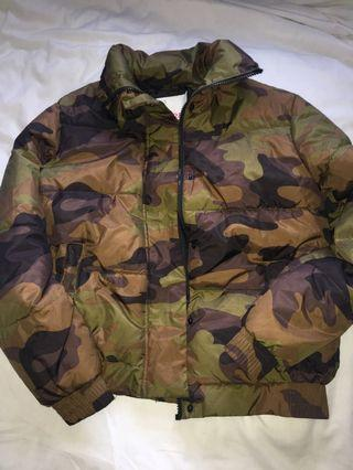 Supre camo puffer jacket