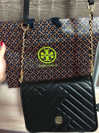 🚚 Tory Burch Sling Bag (Black Only)
