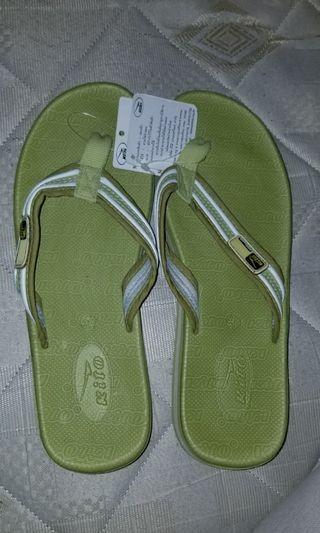 Kito人字拖鞋  size:38