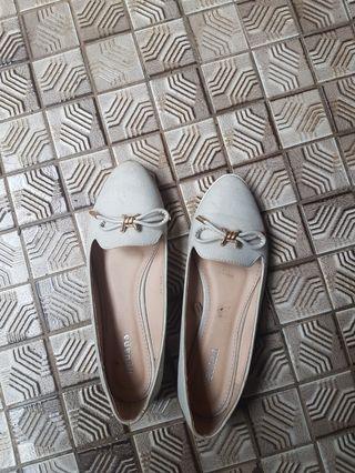 Grey Flatshoes