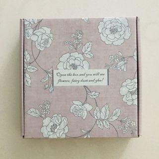 BRAND NEW FLORAL CUSTOMISED GIFT BOXES (for wrapping of craft materials, gifts etc)