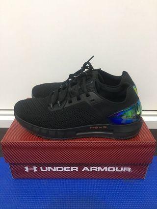 🚚 Under Armour Hovr Sonic 2 全黑 編織 藍芽晶片 慢跑鞋 3021586-003