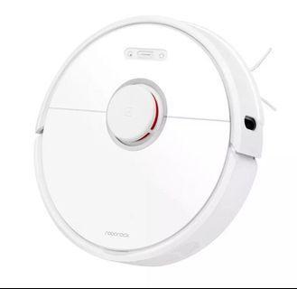 BNIB Xiaomi Roborock v3 in White (s6 2019 version)