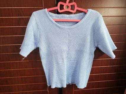 Blue Knitted crop top