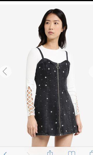 🚚 Topshop Petite Star Stud Pinafore Denim Dress