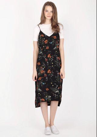 AFA YURI FLORAL SLIP DRESS IN BLACK
