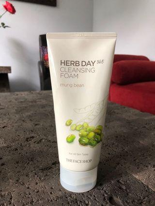 The Face Shop Cleansing Foam (Mung Bean)