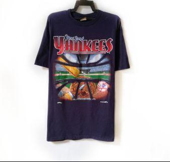 Vtg Nutmeg Yankees Tshirt