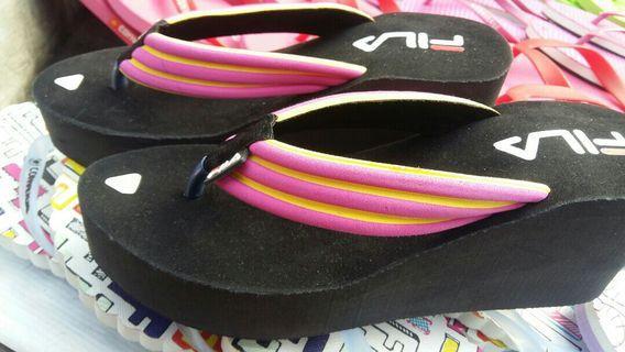 Sandal Fila Wanita