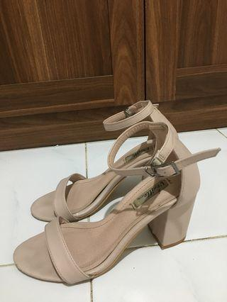 Vanilla nude pink heels