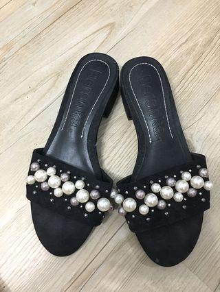 🚚 Bershka Fashion Sandal