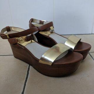 Michael Kors - Jalita Charm Platform Sandal / Flatform - Size 7