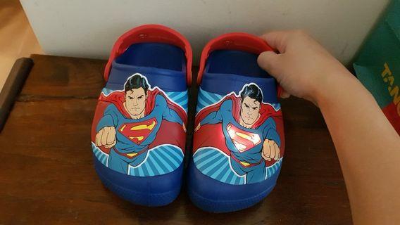 🚚 Brand new Superman Crocs
