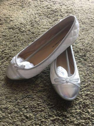 MAUD FRIZON Shoes White/Silver Leather Ballerinas 白色蝴蝶結芭蕾平底鞋 100% NEW 全新未穿過