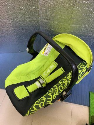 Capella Baby Carrier Car Seat green