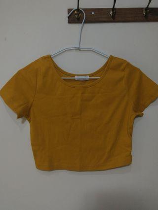 Air space 土色 卡其色 黃色 短版 上衣 可愛 造型 衣服