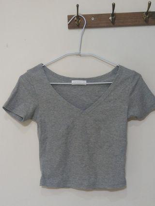 Air space 灰色 短版 上衣 可愛 造型 衣服