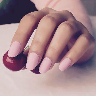 🚚 Baby pink matte nails