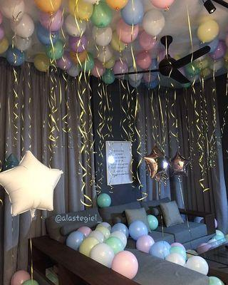 Party Balloon Set Up Decoration