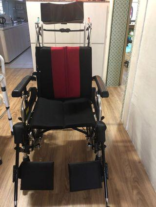 Reclined push chair