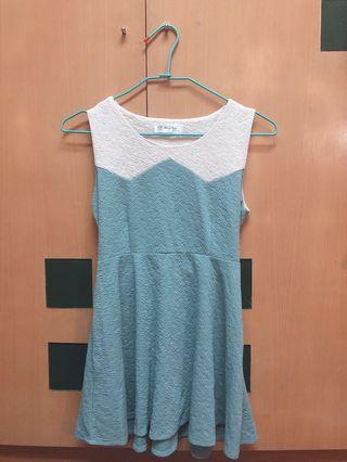 🚚 小清新湖水藍綠色洋裝