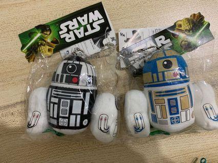 Starwars D2-R2 毛公仔鎖匙扣一對
