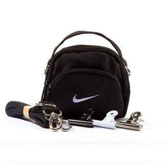 Nike Mini Swoosh Shoulder Bag