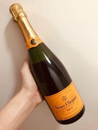 Veuve Clicquot Brut Champagne Yellow Label NV