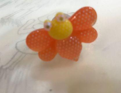 Light-up butterfly ring