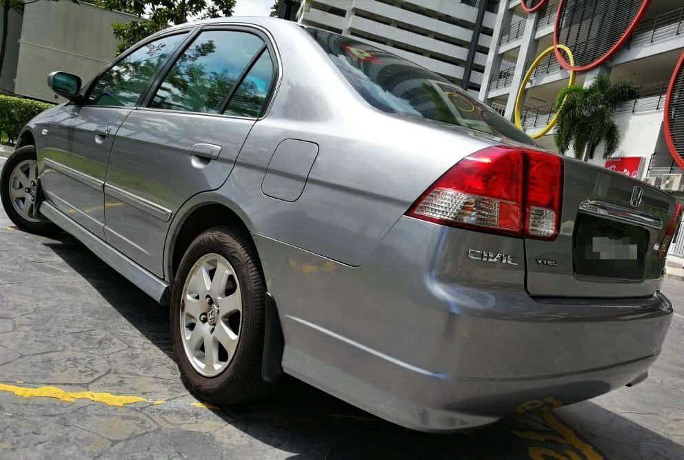 2005 Honda CIVIC 1.7 S (A) iVtec, dp 3990 jika dah B/LIST BOLEH LOAN KEDAI KERETA.