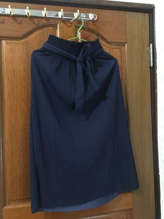 🚚 氣質百摺長裙