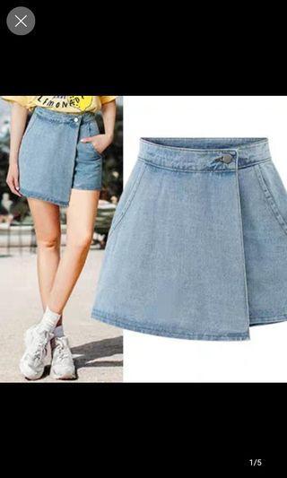 denim skirt / shorts