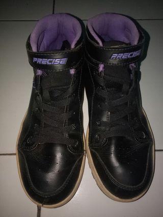 Sepatu Sekolah Wanita