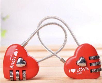 愛心鎖金屬密碼掛鎖鋼繩密碼鎖頭學生鎖情侶心形鎖同心鎖